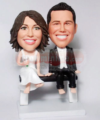 Sitting on a bench Cake Toppers BW30