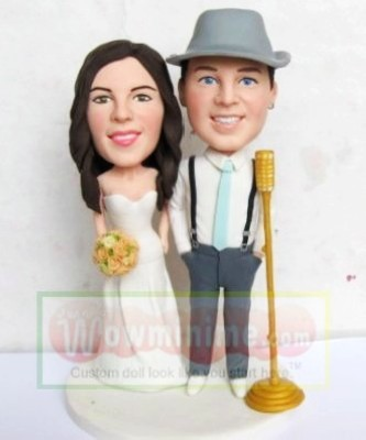 wedding cake toppers figurines